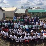 Nuestro equipo en Moyamba, Sierra Leona, muestra su apoyo a MSF