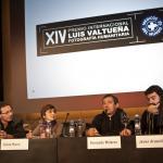 Fotógrafos participantes y gnadores del XIV Premio Internacional de Fotografía Humanitaria y la presidenta de Munduko Medikuak en la presentación del Premio.