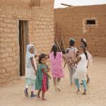 niñas y niños en los campamentos de personas refugiadas saharauis