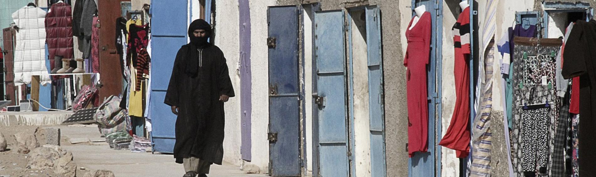 refugiado saharaui en los campos